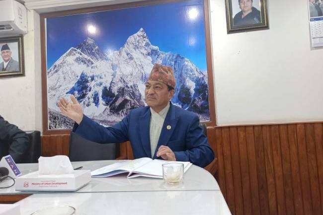 खाडी मुलुकमा अलपत्र नेपाली श्रमिक सरकारको पहिलो प्राथमिकतामा: मन्त्री मानन्धर